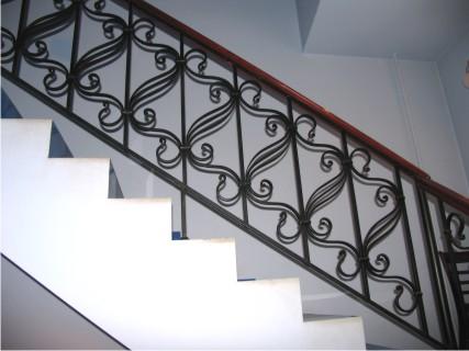 Дизайн ограждения лестницы